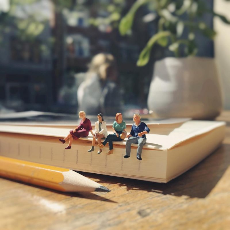 Derrick Lin Turn His Office Life With Miniature Figures