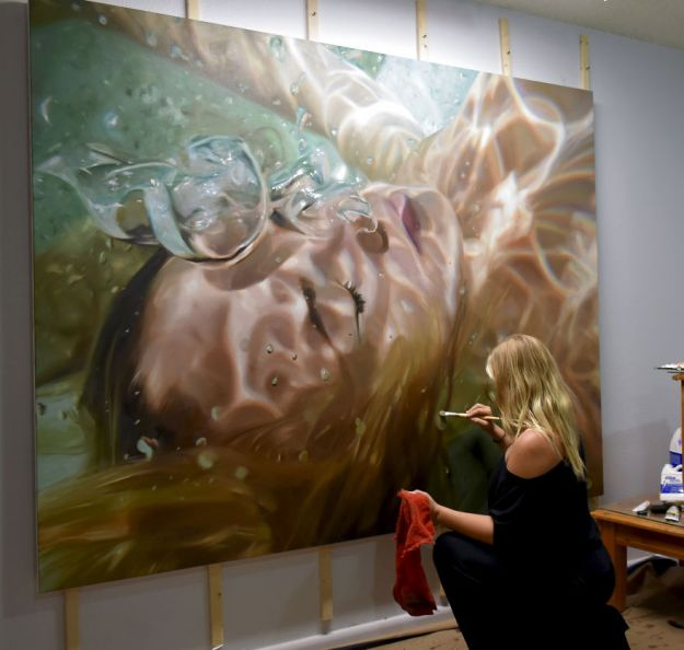 Realistic Underwater Paintings By Reisha Perlmutter