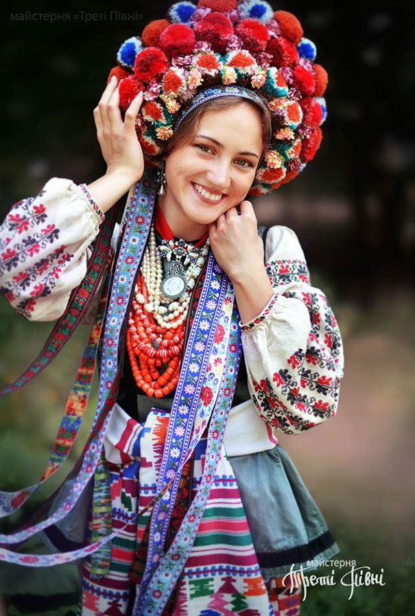 Beauty Traditional ukrainian hats 8 Modern Women Wearing Traditional Ukrainian Crowns Give New Meaning To Ancient Tradition