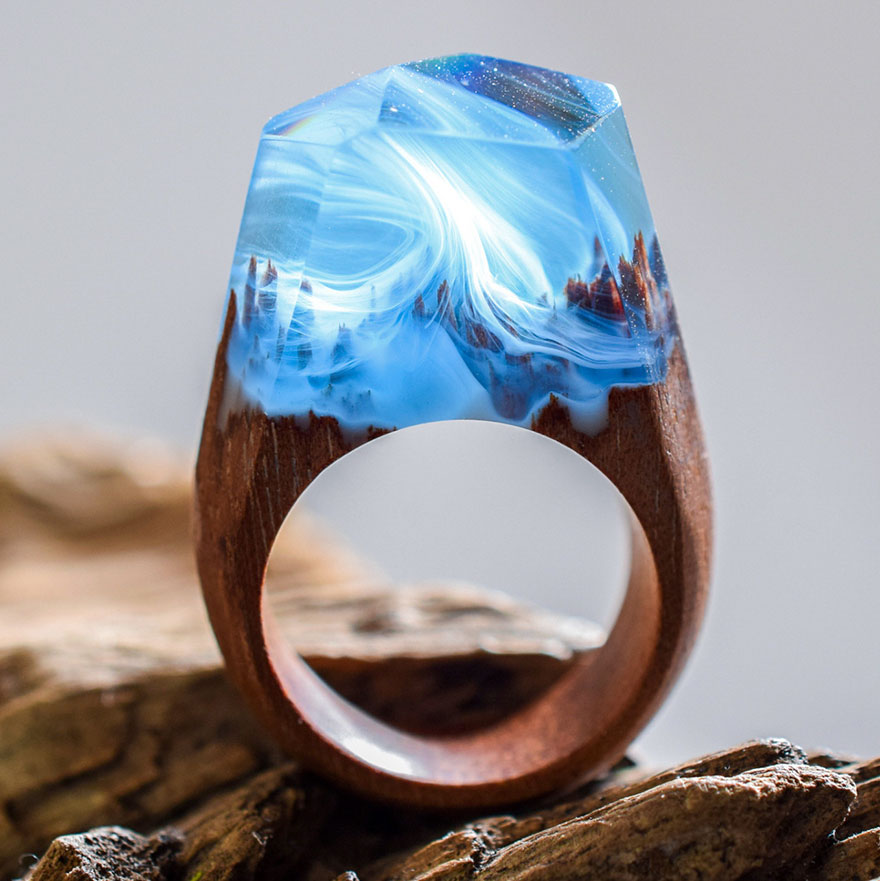 Beautiful Miniature Worlds Inside Wooden Rings 77 New Miniature Worlds Inside Wooden Rings Capture The Beauty Of Different Seasons