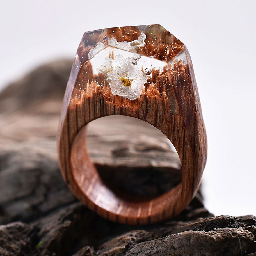 New Miniature Worlds Inside Wooden Rings 88 New Miniature Worlds Inside Wooden Rings Capture The Beauty Of Different Seasons