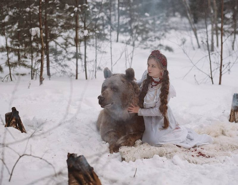 Modelling with Real Life Bear Olga Barantseva Captures Dreamlike Scenes With a 700 Kilogram Bear