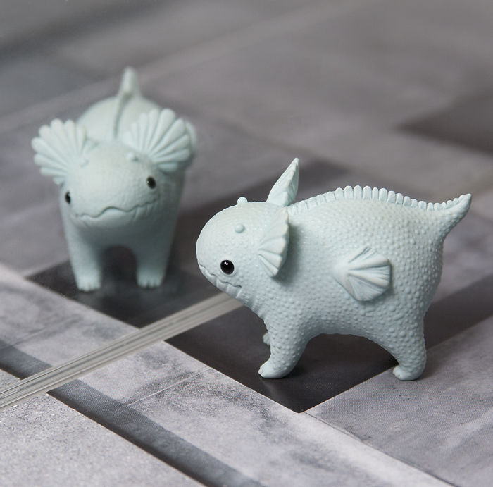Stunning Tiny Polymer Clay Animals by Ramalama Creatures 77 Adorably Tiny Polymer Clay Animals That Fit on Your Fingertips