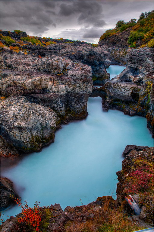 Beautiful Nature Photography on Barnafoss in western Iceland 20 Incredible Photographs That You Won't Believe Are From This Planet