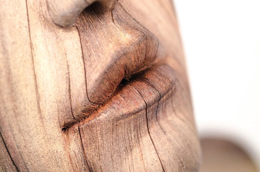 'Wood' Sculptures that are Actually Made of Ceramic 1 'Wood' Sculptures that are Actually Made of Ceramic