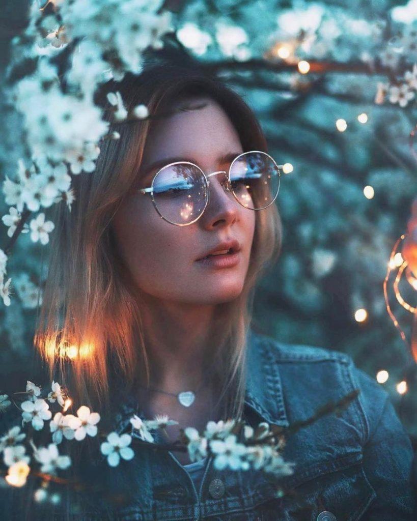 Soft Light in Portrait Photography : Digital Photo Secrets Beautiful self portrait photography