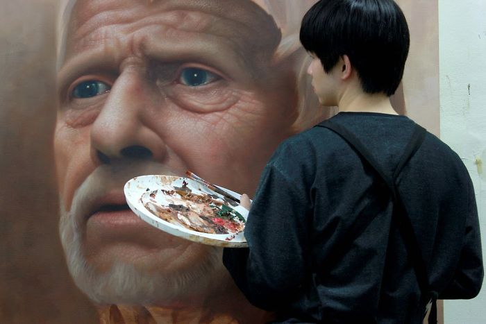 Giant Hyperrealistic Portrait Paintings By Joongwon Jeong 10 Giant Hyperrealistic Portrait Paintings By Joongwon Jeong