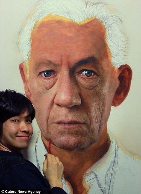 Giant Hyperrealistic Portrait Paintings By Joongwon Jeong 2 Giant Hyperrealistic Portrait Paintings By Joongwon Jeong