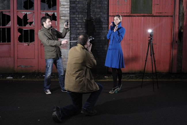 flashgun remotely 21 Killer Portrait Photography Tips Make Shoot like a Pro