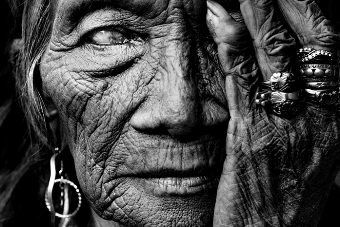 Black and white Portrait Photography by Manny Librodo Top 10 Most Famous Portrait Photographers In The World