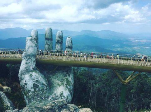 Amazing Giant Hands Bridge In Vietnam