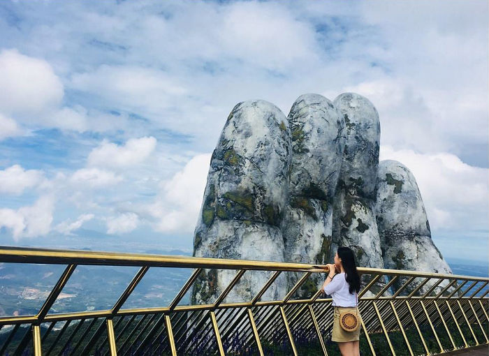 Amazing Giant Hands Bridge In Vietnam 6 Amazing Giant Hands Bridge In Vietnam
