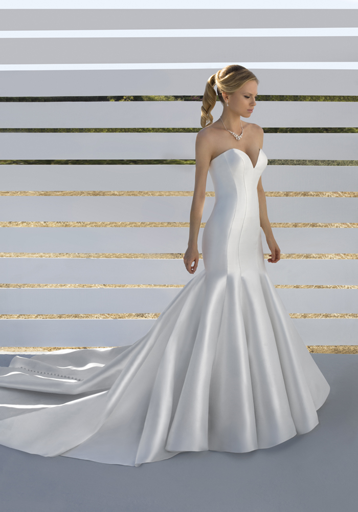 Beautiful Fit 'n' Flare Wedding Dresses 1 Best Wedding Dress Ideas for Beautiful Brides
