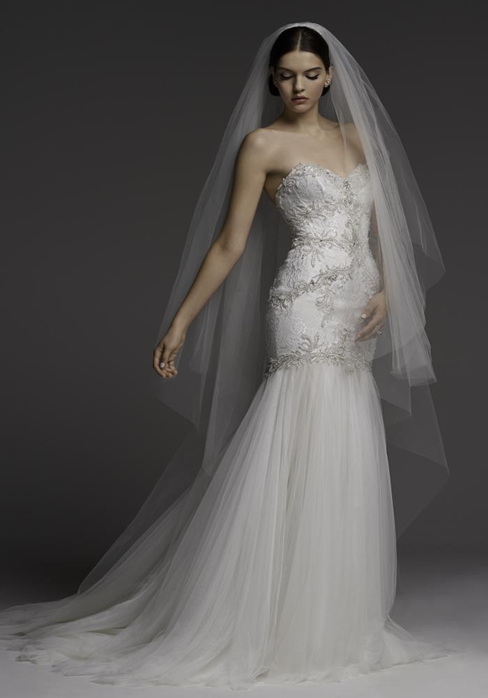 Beautiful Fit 'n' Flare Wedding Dresses 11 Best Wedding Dress Ideas for Beautiful Brides