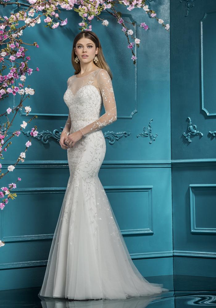 Beautiful Fit 'n' Flare Wedding Dresses 5 Best Wedding Dress Ideas for Beautiful Brides