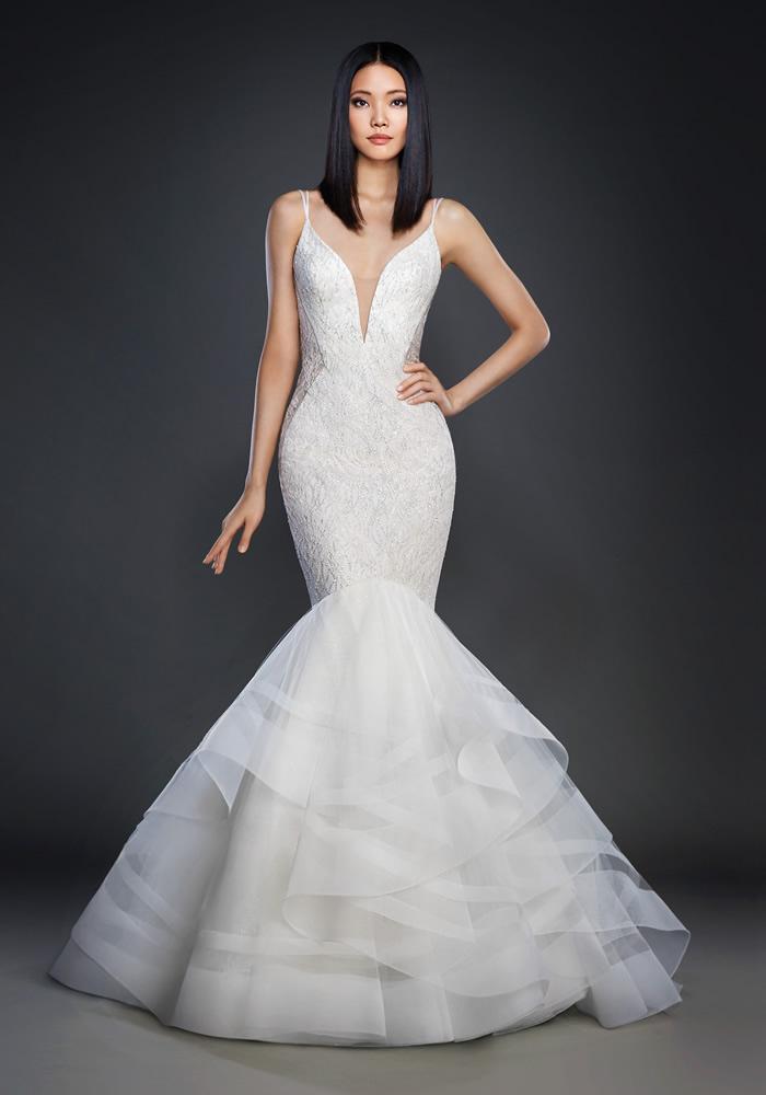 Beautiful Fit 'n' Flare Wedding Dresses 8 Best Wedding Dress Ideas for Beautiful Brides
