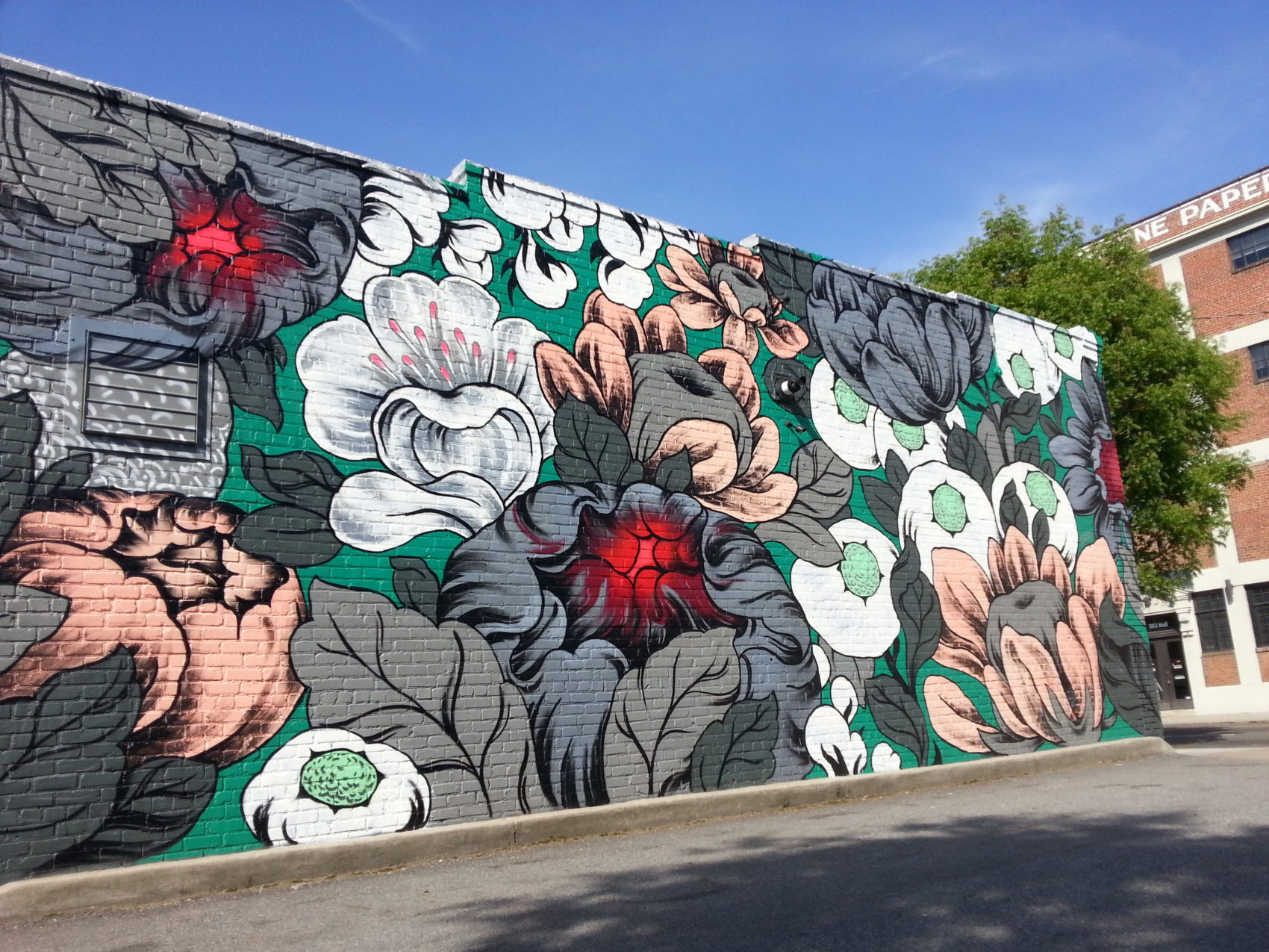 Stunning Huge Murals Floral by Ouizi 6 Stunning Huge Murals Floral by Ouizi