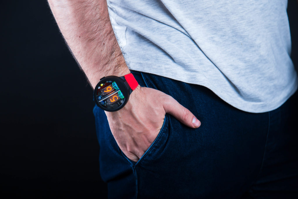 Nixie Watch Nixoid 2 1024x683 NEW ENTRANTS TO THE NIXIE TUBE WRIST WATCH MARKET USES USSR MIL SPEC TUBES