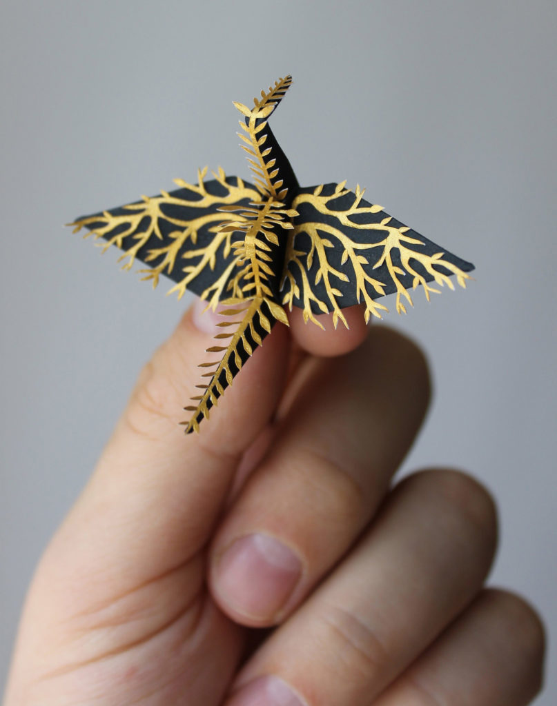 the Most Beautiful Paper Cranes with Feathery Details 7 807x1024 The Most Beautiful Paper Cranes with Feathery Details