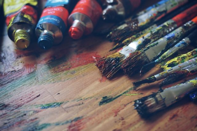 6 Different & Beautiful Ways To Show Your Creativity On Painting Canvas